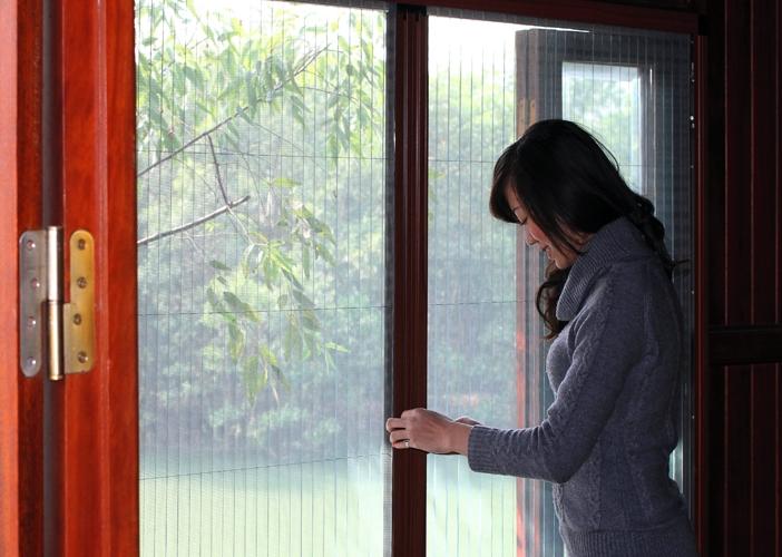 Cửa lưới chống muỗi khung nhựa