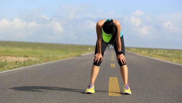 Chạy bộ quá sức nguy hiểm như thế nào? Cách khắc phục ra sao?