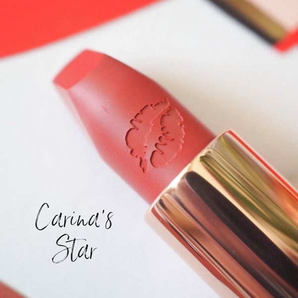 SON CHARLOTTE TILBURY HOT LIPS 2 CARINA'S STAR
