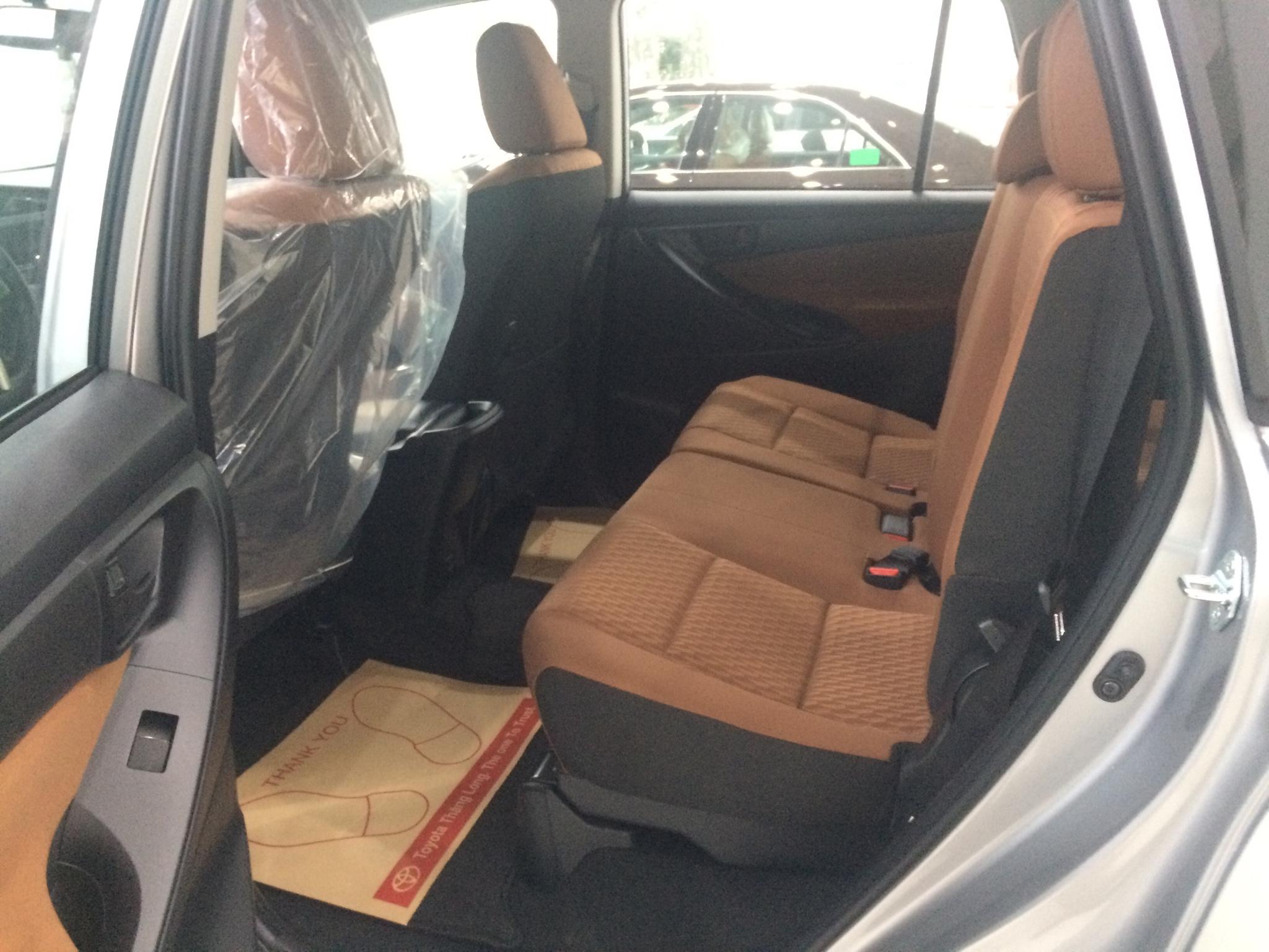 Toyota Innova G