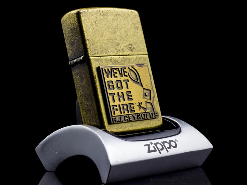 Zippo-la-ma-we've-got-the-fire-XVI-2000-hiem-bat-lua