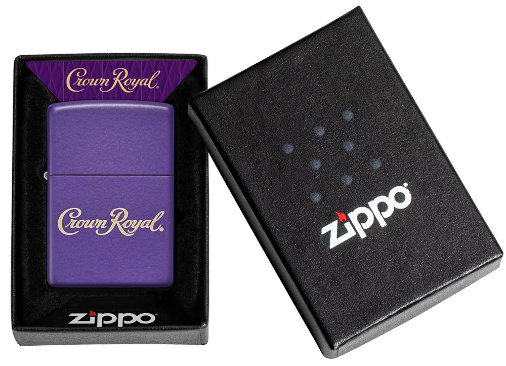 bat-lua-zippo-crown-royal-49460-son-tinh-dien-mau-tim