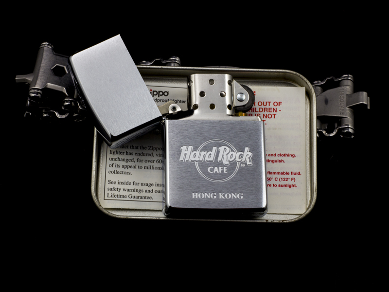 Zippo-La-Ma-Hard-Rock-Cafe-Hong-Kong-XIII-1997-chinh-hang