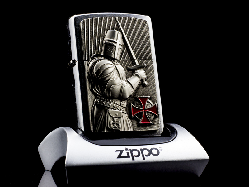 Zippo-templer-crusader-limited-edition-2013-qui