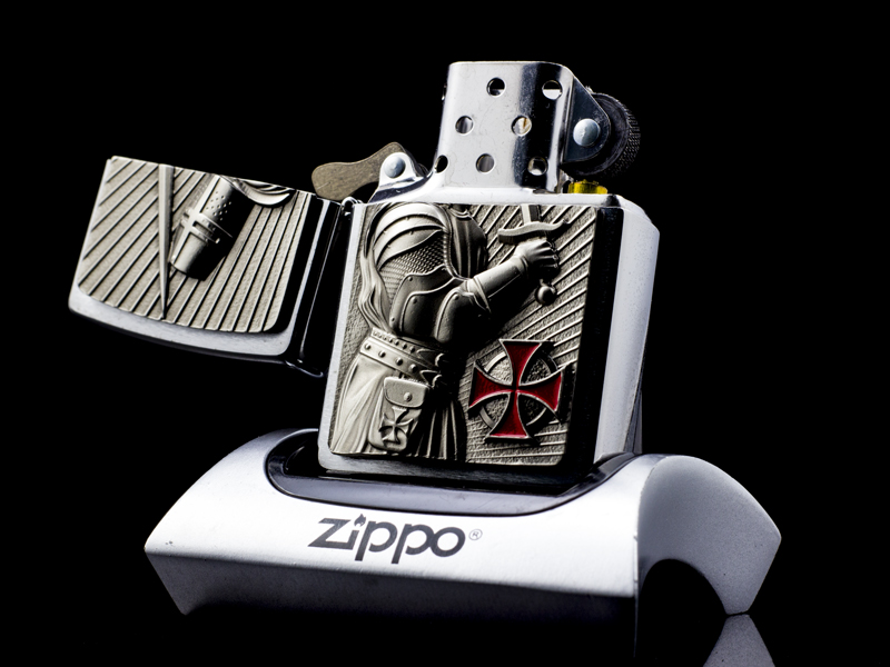 Zippo-templer-crusader-limited-edition-2013-hiem
