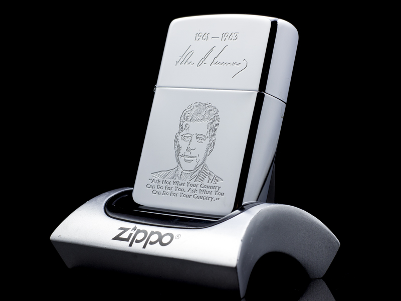 Zippo-La-Ma-Tong-Thong-JohnF.Kennedy-V-1989--hang-chinh-hang-usa-cao-cap
