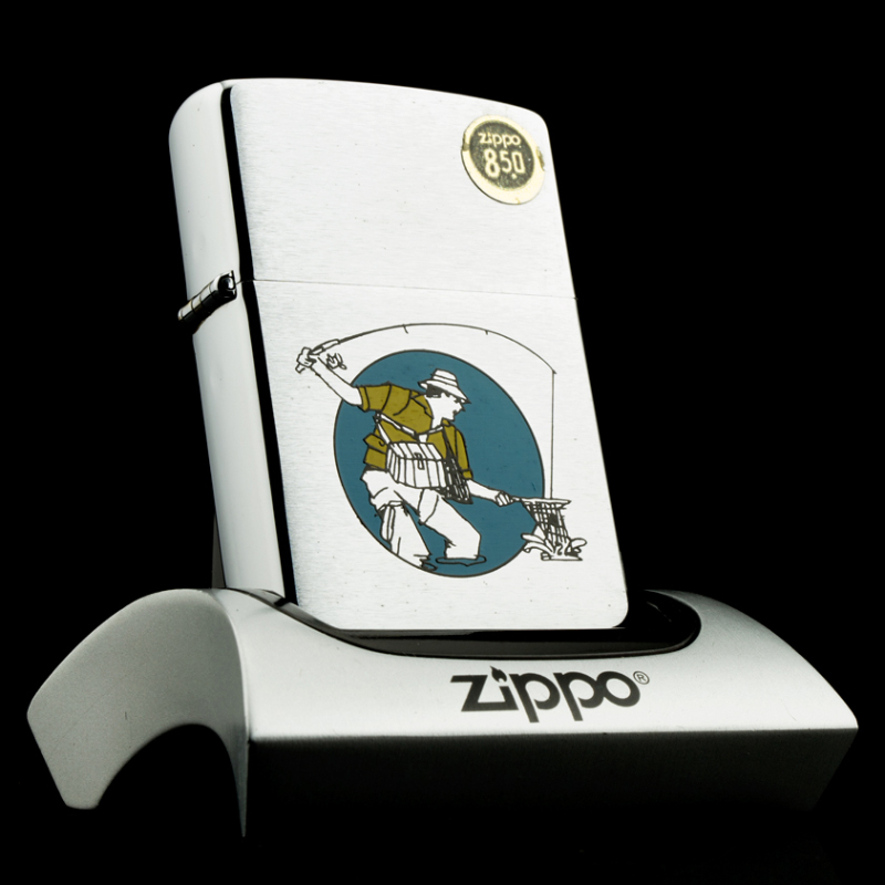 bat-lua-zippo-1985-fishing-can-thu-cau-ca-chrome-nham