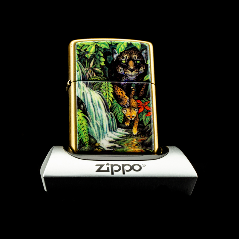 may-lua-zippo-1995-mysteries-of-the-forest-solid-brass-bi-an-rung-xanh
