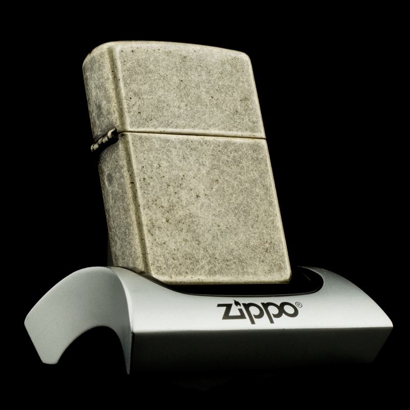 hop-quet-zippo-1999-antique-silver-stand-set-de-ban-gia-co-bac