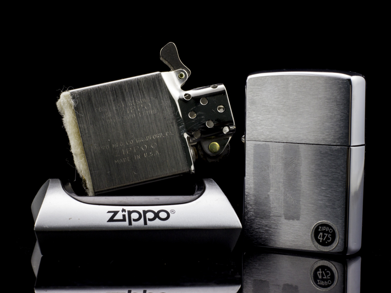 zippo-co-brushed-chrome-6-gach-1976-xach-tay