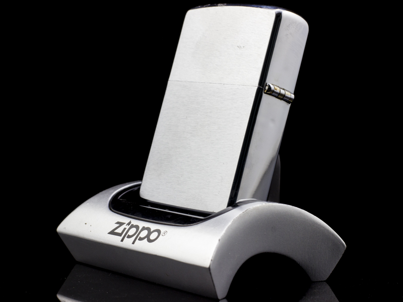 zippo-co-brushed-chrome-6-gach-1976-dep