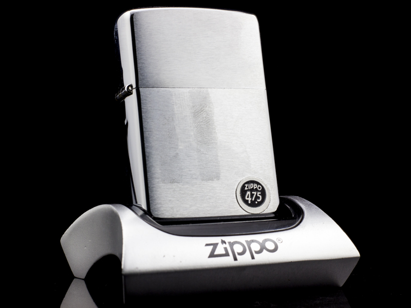 zippo-co-brushed-chrome-6-gach-1976-qui