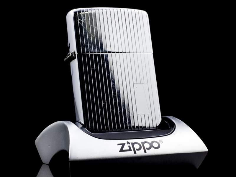 zippo-co-high-polish-stripe-47-49-chinh-hang-nhap-khau