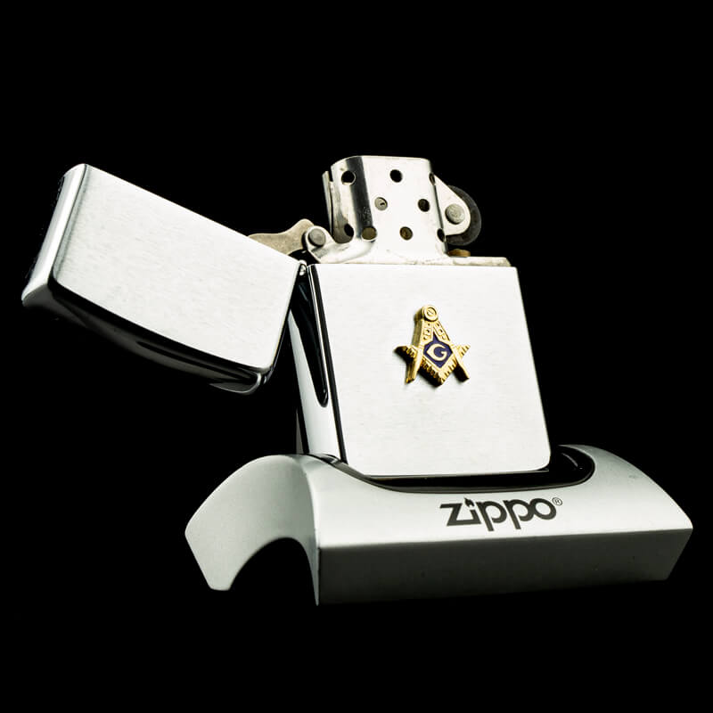 hot-quet-zippo-freemasonry-brushed-chrome-VI-1990-huy-hieu-hoi-tam-diem-rat-hiem