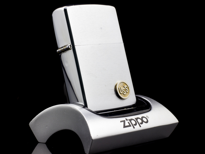 zippo-co-uss-brushed-chrome-2-gach-1980-nhap-khau