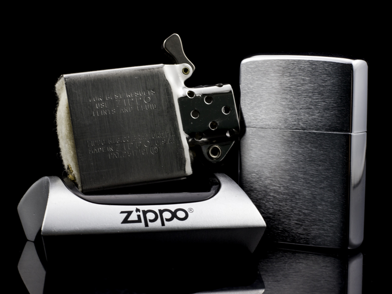 zippo-co-brushed-chrome-1961-hang-chinh-hang-uy-tin-my-hoa-ky-usa-tham-my-tinh-te