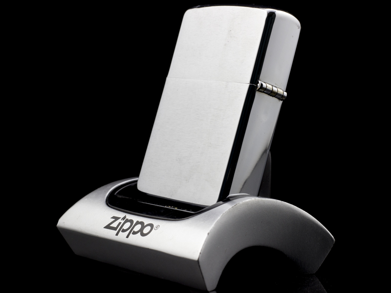 zippo-co-brushed-chrome-2-gach-1980-la