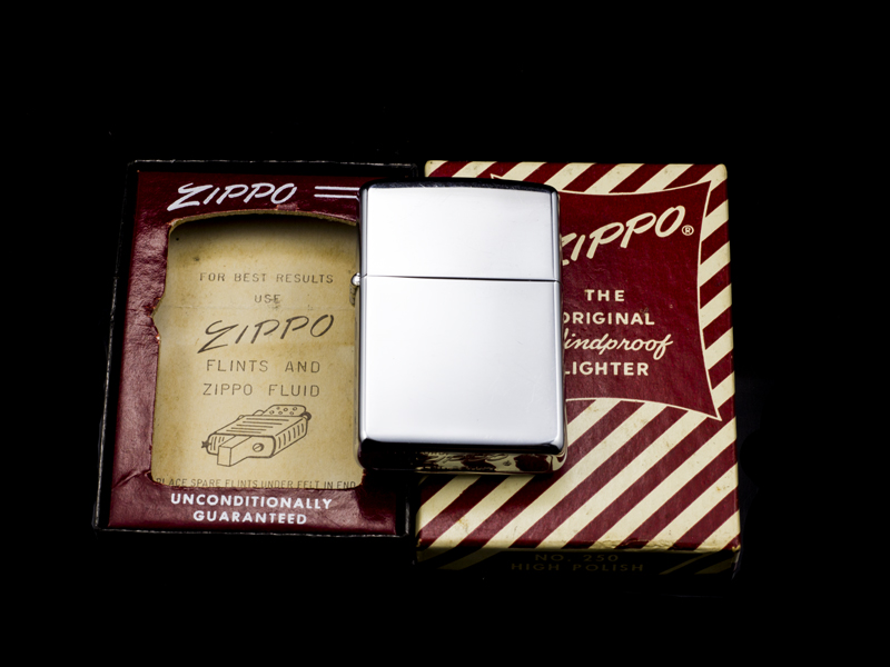Zippo-co-high-polish-chrome-1962-4-cham-hangchinh-hang-usa-my-cao-cap