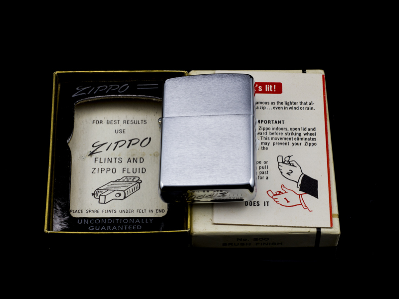 zippo-co-brushed-chrome-8-gach-1966-hang-chinh-hang-usa-my-hoa-ky-xach-tay-nhap-khau