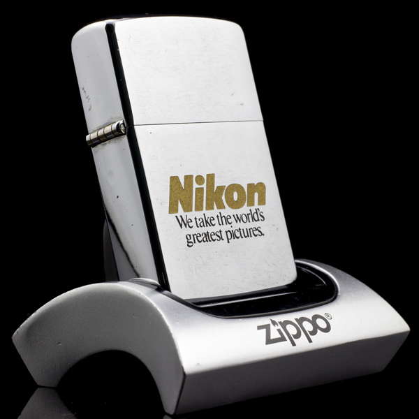 Zippo-co-brushed-chrome-nikon-8-gach-1092-xach-tay