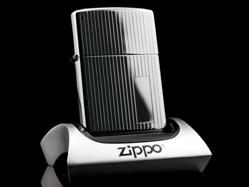 zippo-co-engine-turn-1-gach-1981-chinh-hang