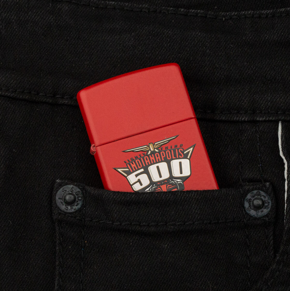 may-lua-zippo-indianapolis-500-red-matte-xiv-1998-son-tinh-dien-do-moc-loi-hiem