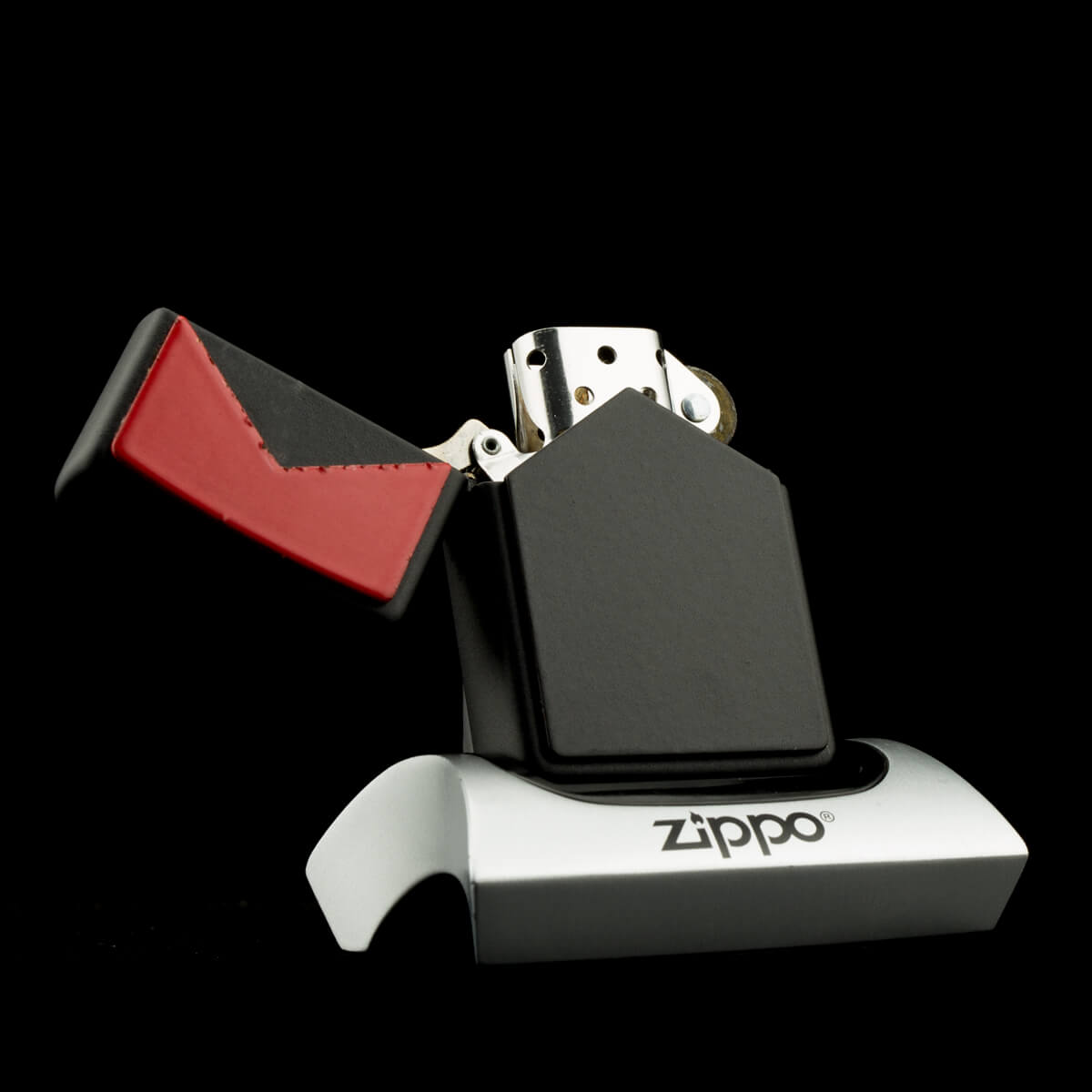 hot-quet-zippo-marlboro-red-black-double-sides-emblem-xii-1996