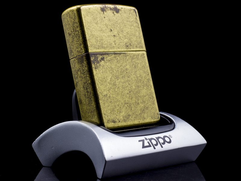 Zippo-la-ma-we've-got-the-fire-XVI-2000-hiem