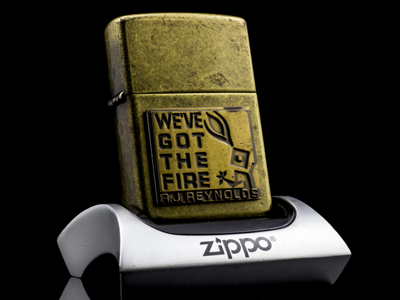 Zippo-la-ma-we've-got-the-fire-XVI-2000-USA-nhap-khau