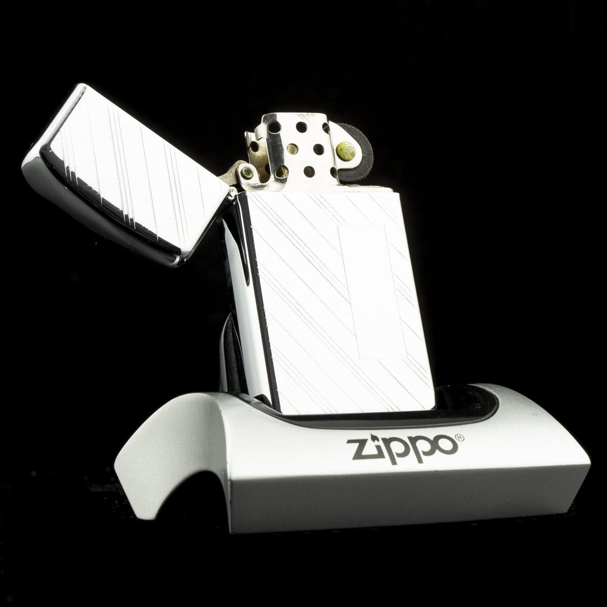 hot-quet-zippo-slim-striped-1966-8-gach-thang-soc-2-mat