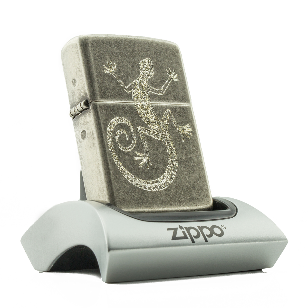 zippo-bac-co-antique-khac-hoa-van-than-lan
