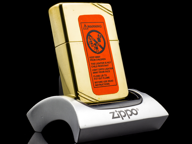 Zippo-la-ma-replica-1937-eagle-five-star-V-1989-chinh-hang