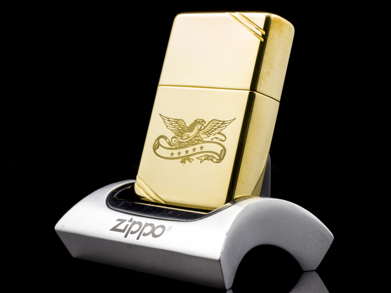 Zippo-la-ma-replica-1937-eagle-five-star-V-1989-co