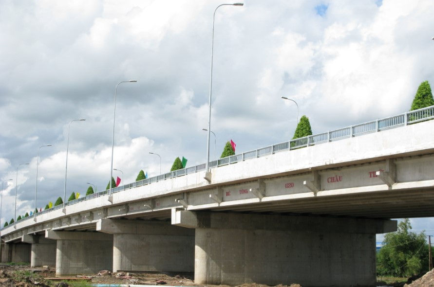Construction of Tan Duc Bridge – Tan Duc industrial zone-Long An province