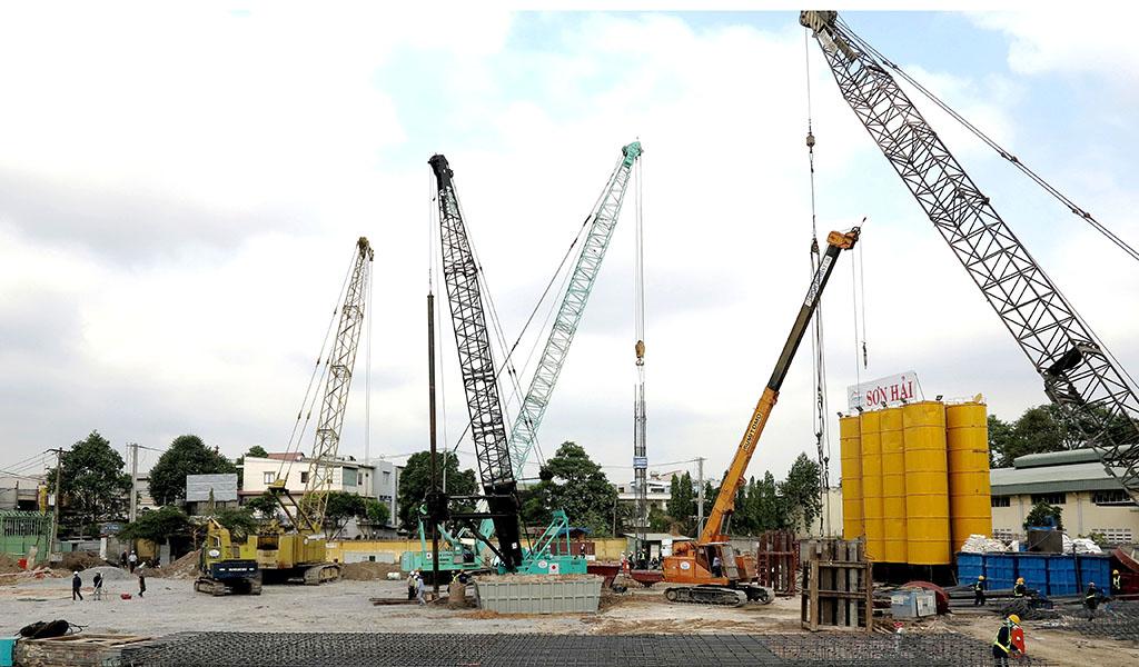 Bored pile D1200, D100 Vincom Center Quang Trung, Go Vap project.