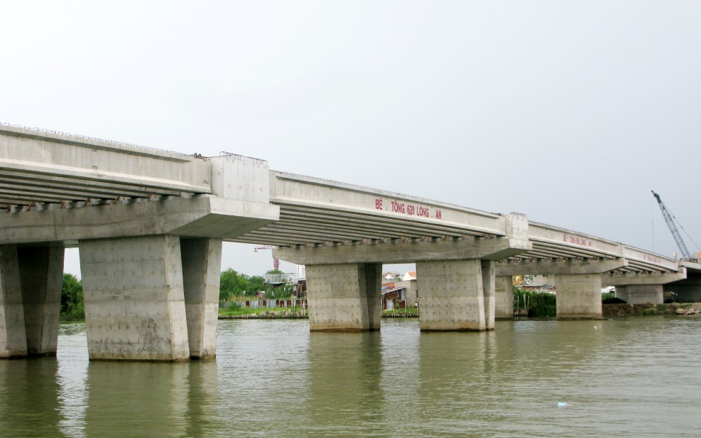 Construction of Him Lam bridge – District 7 – Ho Chi Minh City