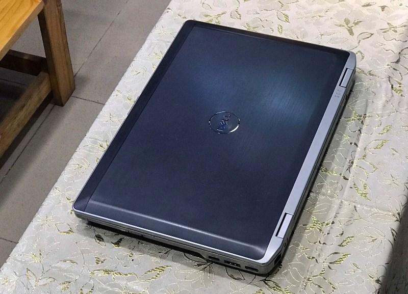 Laptop Dell Latitude e6530 (CORE i7 3520M, DDR3 8 GB, SSD 120GB + HDD 320GB, 15.6INCH FULL HD 1920X1080, ĐÈN PHÍM)