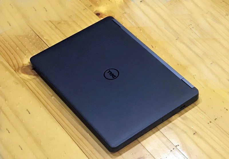 Laptop Dell latitude e7270 Core i3 6100u, SSD 128gb, DDR4 4gb