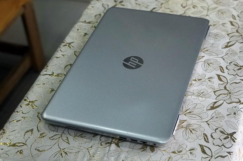 Laptop HP Palivion Notebook 15-AU123CL Core i5