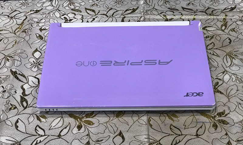 Laptop Acer Aspire One Mini PAV70 (ATOM N570, DR3 2GB, SSD 120GB, 10.1 INCH)