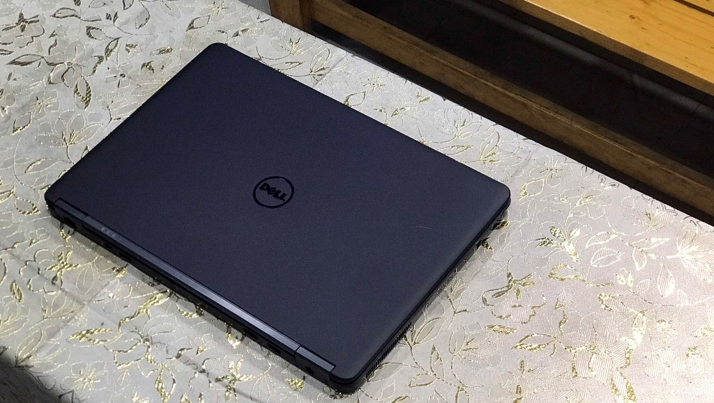 Laptop Dell Latitude e7450 (CORE i5 5300U, DDR3L 4GB, SSD 128GB)