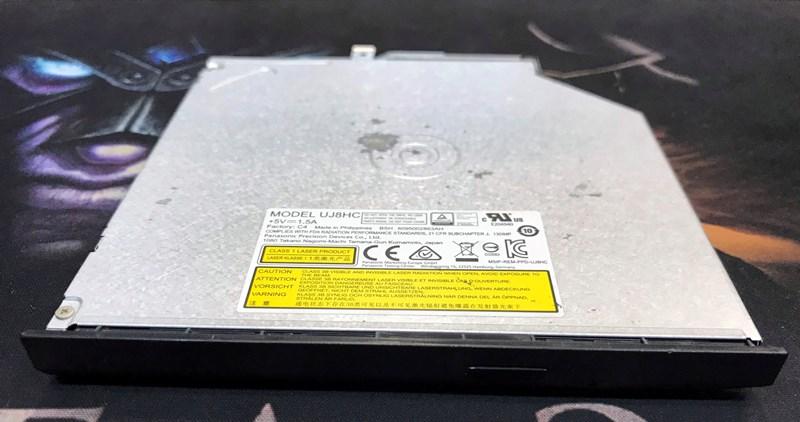 Xác Asus F454L gồm: Vỏ ABCD, Webcam, Loa, Cáp màn hình, Bản lề, Pin
