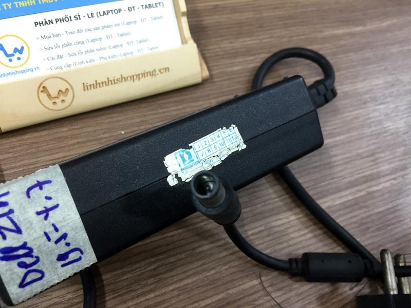 Sạc laptop Dell chính hãng 19.5V - 4.62A