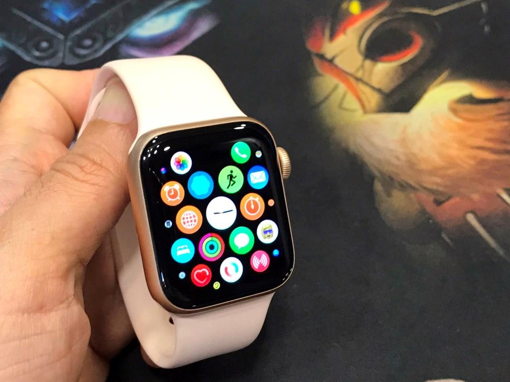 Apple Watch Series 6 GPS Aluminum 40mm, Nguyên Zin, Ngoại Hình Còn 99% Như Mới, Còn BH Apple Đến Tháng 12-2021
