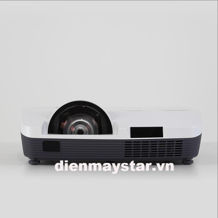 Máy chiếu EIKI LC-WAU200