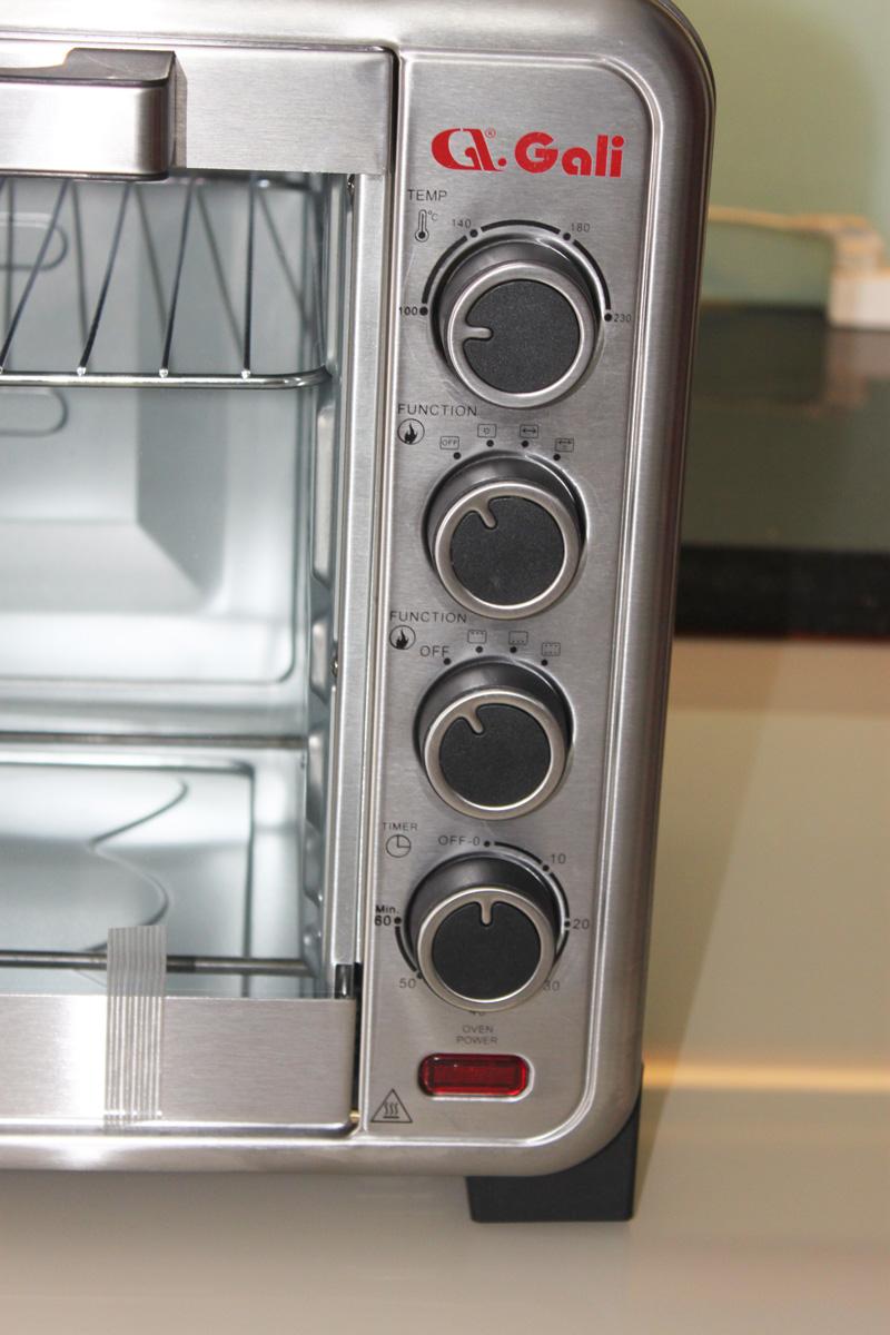 Lò nướng điện GL-1170 điều chỉnh bằng nút vặn dễ dàng theo nhu cầu