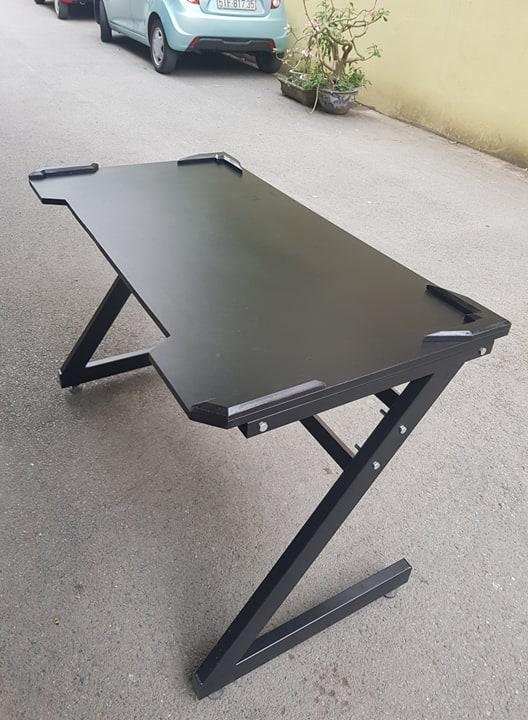 bàn t33