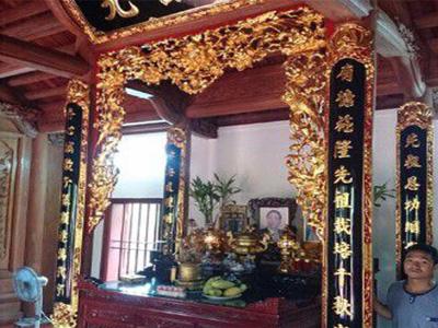 không gian thờ cúng truyền thống