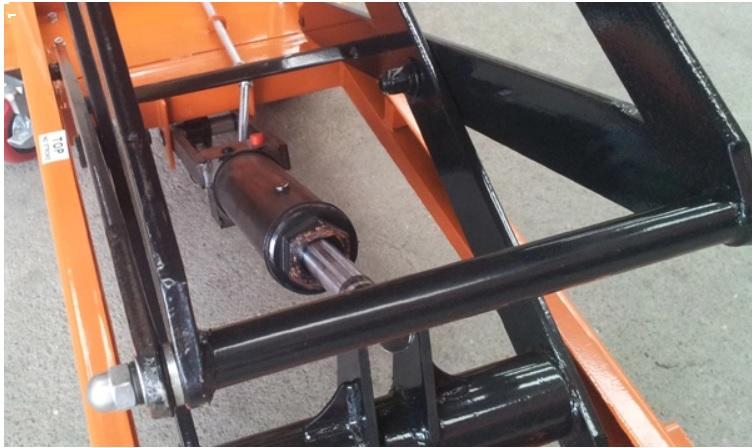 bơm thủy lực xe nâng mặt bàn