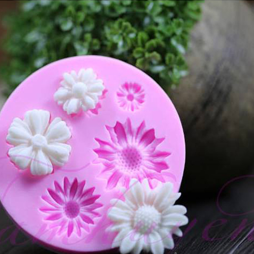 Khuôn Silicon Rau Câu Hoa Nổi - Khuôn Tròn 6 Hoa Cúc